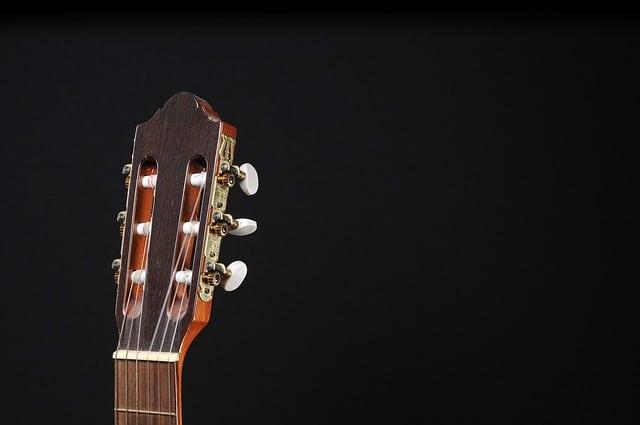how to buy a guitar. Black Bedroom Furniture Sets. Home Design Ideas